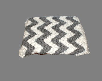 Chevron Baby Blanket, Chevron Afghan, Ripple Afghan, Gray Baby Blanket, Custom Blanket, Baby Cover, Crib Blanket, Gray Afghan, Gray Chevron