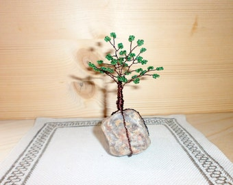 Beaded tree miniature, Wire art tree sculpture, Small green bonsai tree, Home decor, seed beads, coated wire and natural rock
