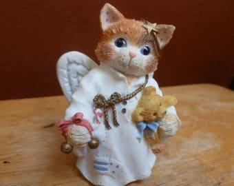 Enesco 1995 Priscilla Millman Cat Hark-A Herald Angel figurine