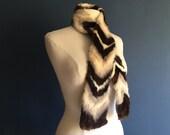 1930s chevron fur collar scarf