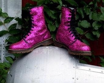 Vintage Dr Martens Boots 10 UK Magenta Pink Glitter Boots Doctor Martens 10 Eye Goth Glam Punk Cyberpunk Grunge Sparkle Doc Martens England