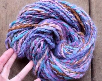 Hand spun yarn purple Art yarn Alpaca bulky yarn 2 ply handspun alpaca Made in Quebec Bulky purple yarn for knitting 4.1oz-68y 7WPI