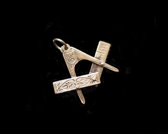 MoonsCuriousItems Vintage Gold Masonic Movable Charm Pendant-Square & Compass-Detailed Engraving