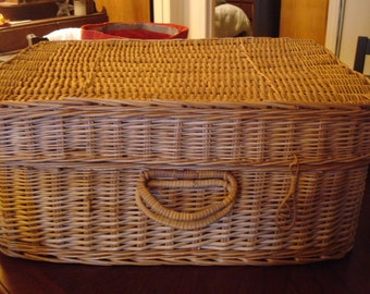 Wicker Suitcase/ Trunk  Vintage Double handles