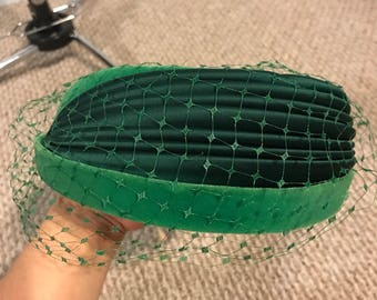 1960s green net hat NEW WITH TAGS!