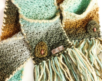 Handmade scarf with pockets-