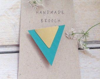 Pin brooch/Triangle pin brooch/Triangle Brooch /Geometric brooch/Triangle jewellery/Geometric Jewellery/Turquoise p/gift for her/gift ideas