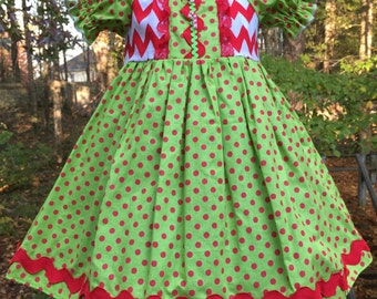 Size 24m/2t......Christmas Dress.....Made and ready to be shipped!!