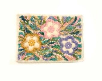 Rug hooked mat Appliqued flowers Original design Yarn hooking Wool roving Bright pastel Wall hanging Tabletop Nursery art Modern