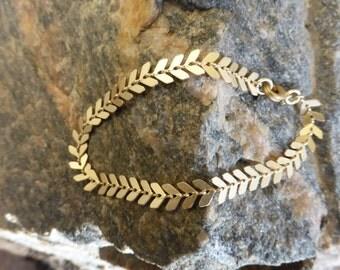 Unique Brushed Gold Chain Bracelet