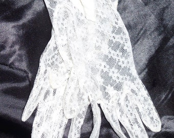 Sheer ivory nylon lace elbow length opera gloves small size ruched vintage  50's gloves