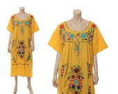 Vintage 70s Yellow Embroidered Flowers Mexican Hippie Dress 1970s Rainbow Floral Festival Oaxacan Boho Caftan Dress Plus Size 3X