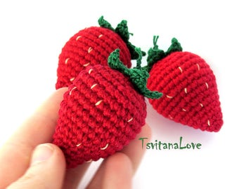 Strawberry Crochet (1 pc) - berries crocheted - Eco Friendly - small Scullion - game in the kitchen - Seasons - Play food - Ready to ship
