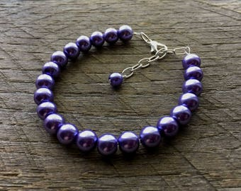 SALE Purple Pearl Bracelet Violet Bridal Bracelet One Single Strand Simple Pearl Bracelet on Silver or Gold Chain
