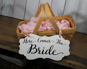 Flower Basket/Flower Girl/Here comes the Bride/Woodchip/Natural/Wedding/Rustic Wedding/Garden Wedding