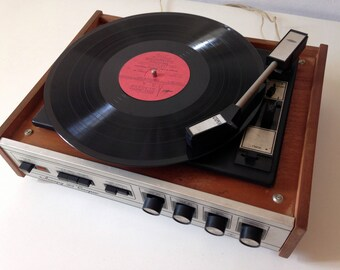 "Turntable ,vinyl record player ,technics turntable, Record player, vinyl record, Working Turntable , working record player, ""accord"