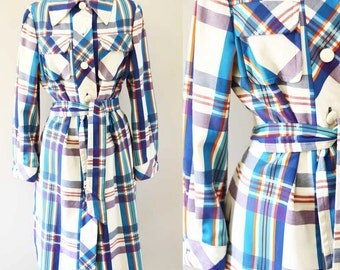 1960s Colourful plaid trench // vintage trench // vintage coat