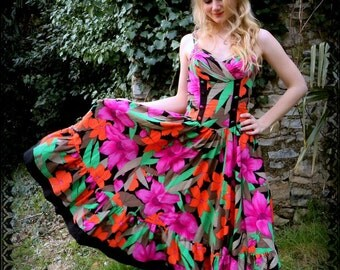Vintage 80's tropical floral dress