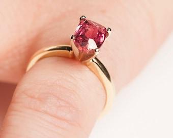 Beautiful Pink Tourmaline Ring in 14K Gold