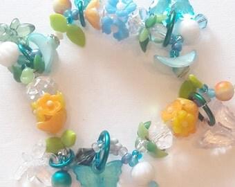 Flower spring bracelet/ beadiebracelet