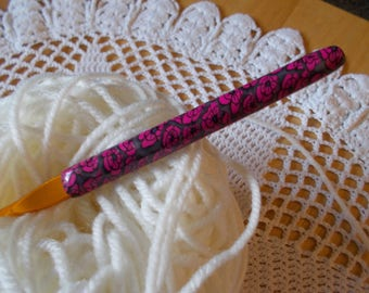 Size G crochet hook