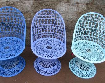 Russel Woodard Mid century Modern Spun Fiberglass Chairs set of 3 indoor outdoor