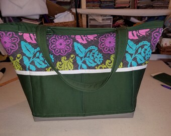 Large Travel Tote - Green