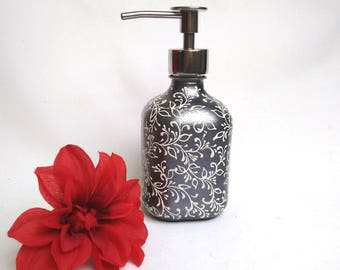 Soap/Lotion Dispenser, Soap Dispenser, Lotion Dispenser, Hand Painted, Gift Idea, Birthday Gift, Mother's Day Gift, Christmas Gift, For Her