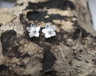 Flower Earrings, Gifts for Her, wild flower earrings, Day wear Jewellery, Casual Jewellery, Handmade Jewellery,