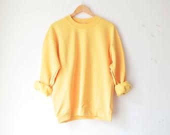 yellow oversized Gildan raglan sweatshirt // M