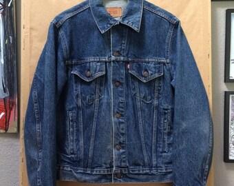 Vintage Levi's Denim Jacket Trucker Jacket Made in USA 1990's Size 40R 70506-0216