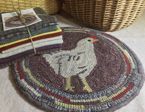 "Primtive Rug Hooking Kit for ""Hetty"" Chair Pad  14"" Round  K115"