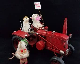 Taxidermy Mouse/mice Farmer Joe and Family on Tractor for market-anthropomorphic-diorama