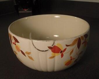 Vintage Halls Superior Kitchenware Jewel Tea Autumn Leaf Serving/Mixing Bowl