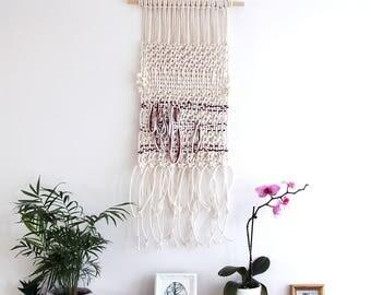 Loop Macrame Wall Hanging - Bohemian Decor / Macrame Wall Hanging