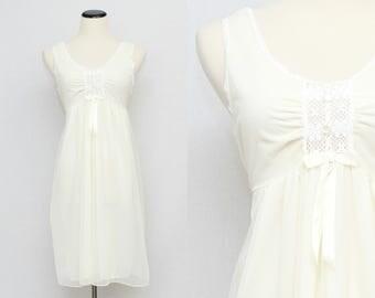 Vintage Cream Chiffon Nightgown - Size Medium 1970s Off White Short Sheer Night Dress - Union Label Lingerie