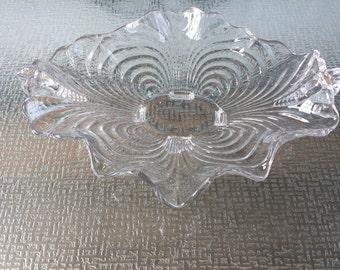 Cambridge Glass Co Caprice Crimped Bowl with Handles