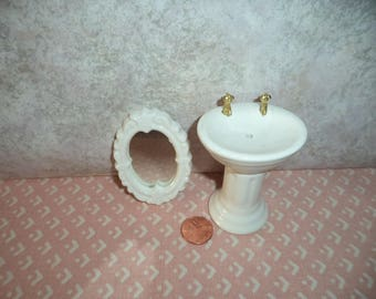 1:12 scale Dollhouse Miniature Older White Bathroom Sink with Mirror