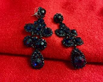 Gray crytal drop earrings