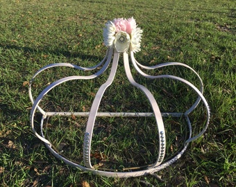 Bed crown,shabby chic bed,canopy, metal crown, crib,wall hanging,nursery,bedding, bedroom  decor, girls room, princess  bed, pink, flowers,