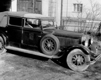 Mercedes-Benz Nürburg 460, Old Automobile Photo