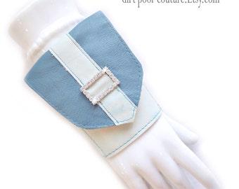 Leather | Wrist | Cuff | Wallet | Wrist Wallet | Turquoise | Rhinestone Buckle