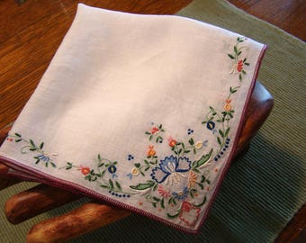 Vintage embroidered handkerchief, Ladies embroidered hankie, vintage cotton hankie
