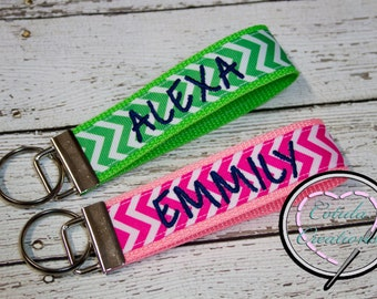 Personalized Chevron Key Fob Keychain - Monogrammed Keychain - Personalized Key Fob - Stocking Stuffer - Bridesmaid Gift - Monogram Wristlet