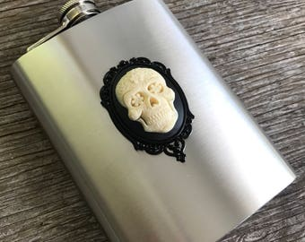 Sugar Skull Stainless Steel 8oz Flask, Dia De Los Muertos, Day of the Dead, Skeleton, Pinup, Rockabilly, Skulls, Goth, Gothic, Spooky, Gift