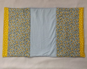 Quilted Dish Drying Mat - Hand Washing Drying Mat - Dish Drainer - Yellow and  Blue Floral