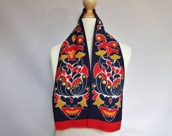 """Pretty Vintage Red Floral Mod scarf 14cm x 100cm 5.5"""" x 39.3"""""""