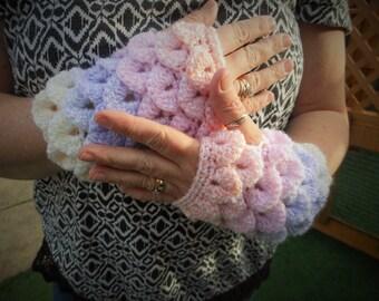 Crochet dragon scale gloves, fingerless mittens, mermaid scales gift, hand crocheted items, wrist warmer, handmade clothing, gift for her