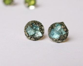 Pyrite ear stud-Raw Blue Apatite  earrings-raw gem silver tone earring-raw gemstone and pyrite earrings-blue gem silver post earrings