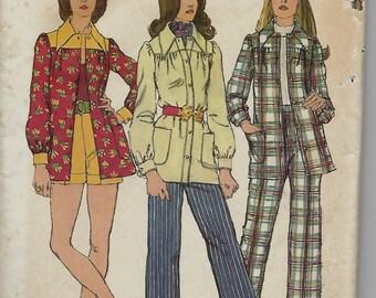 Simplicity 5005     Juniors'  Unlined Smock-Jacket, Pants and Shorts   C1972  Size 7  Uncut